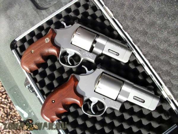 револьвер 9