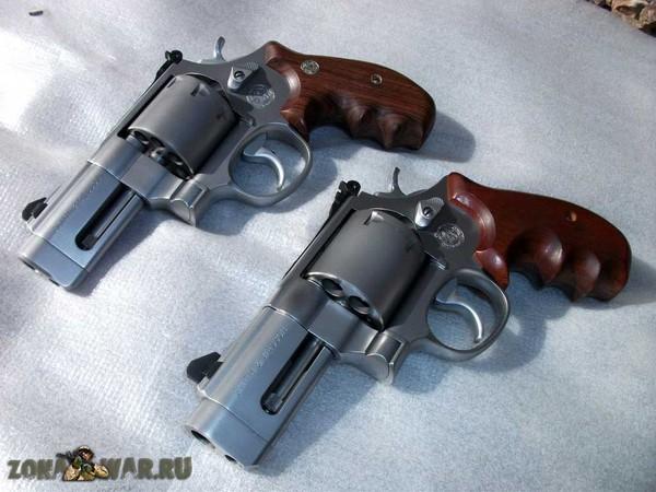 револьвер 18