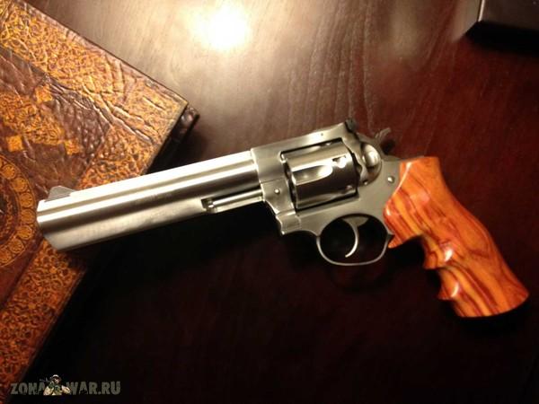 револьвер 42