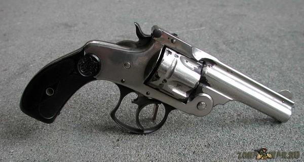 револьвер 45