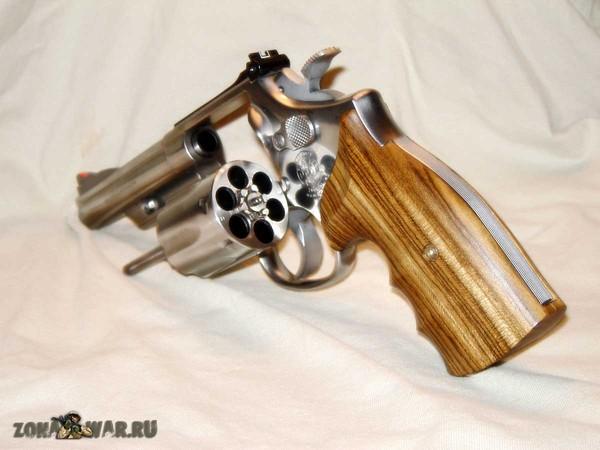 револьвер 55