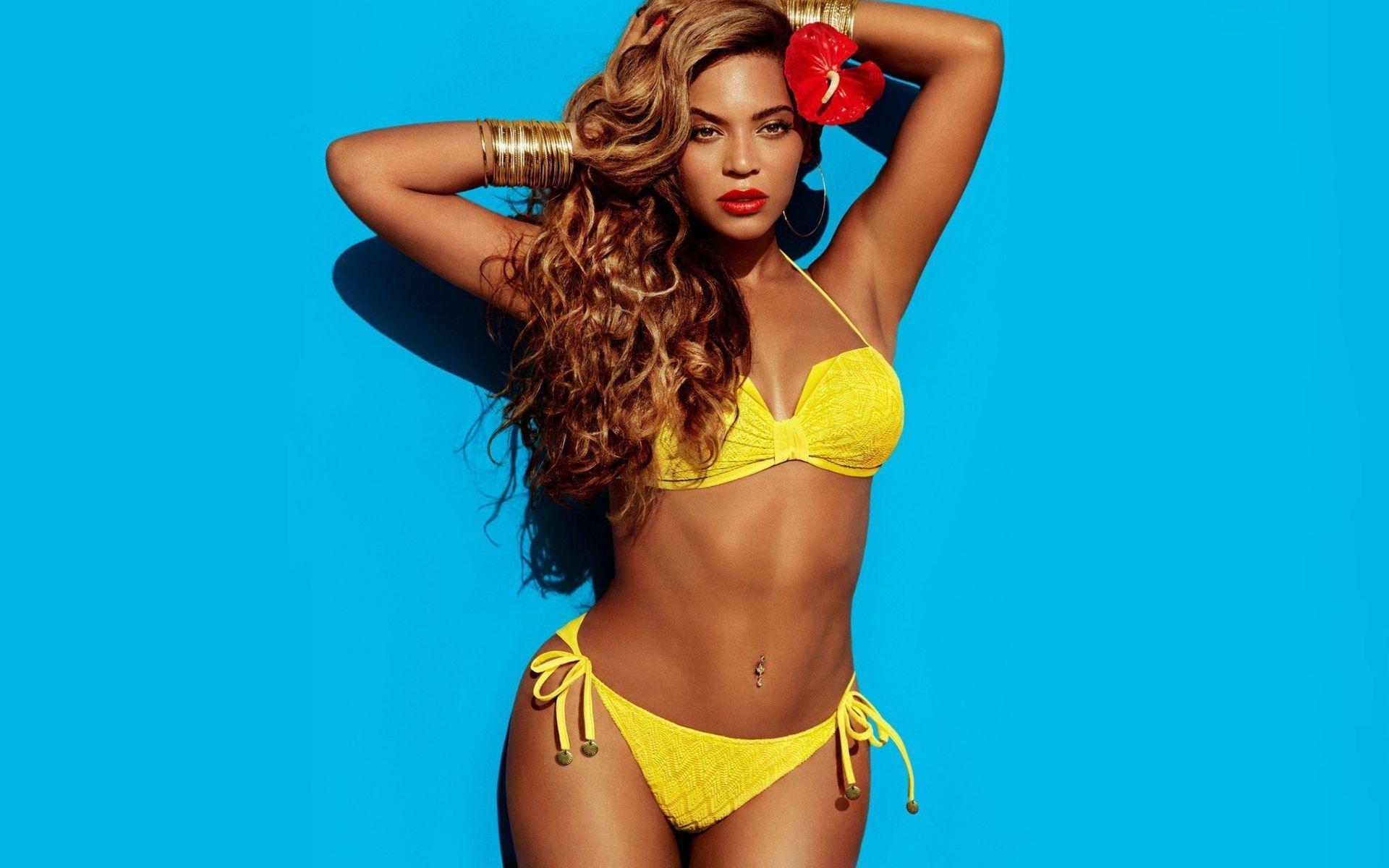 Beyonce knowles bikini pics #2